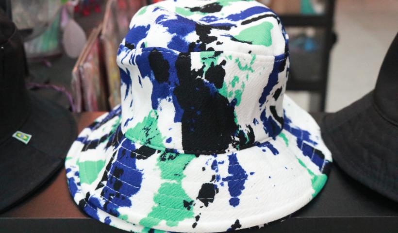 Novos buckets da moda em destaque na Jujuuba Store