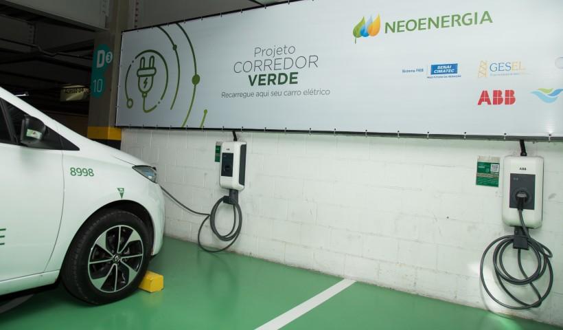 Pontos de abastecimento de veículos elétricos no RioMar