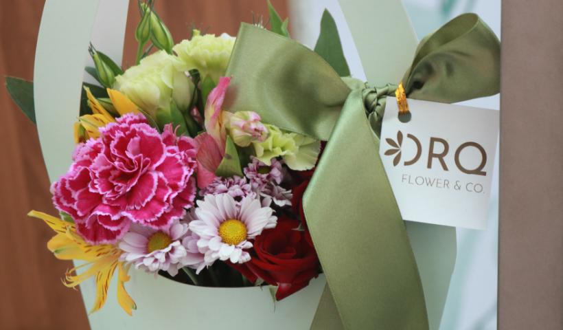Flores e orquídeas dão o ar de delicadeza no Dia das Mães