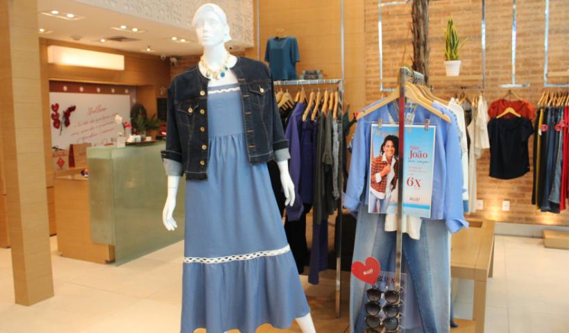 Na Semana do Jeans e Calçados, Blu K destaca looks estilosos