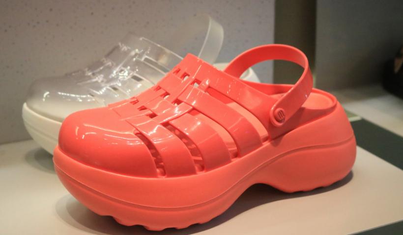 Calçados selecionados da Clube Melissa com até 50% off