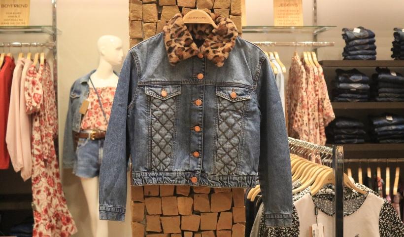 Semana do Jeans: vista-se com estilo e atemporalidade