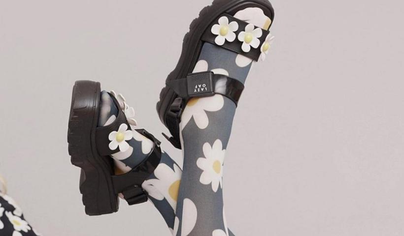 Cores e estilo das sandálias Melissa agora no RioMar Online