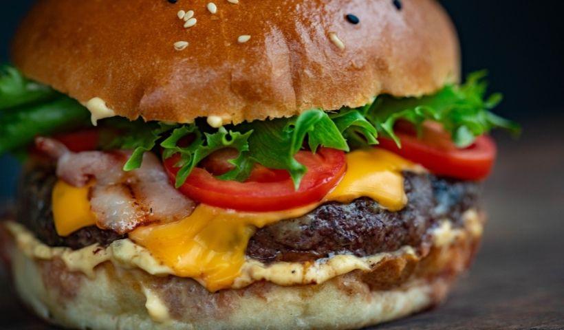 Quarta do Hambúrguer RioMar Online: sabor e descontos para você