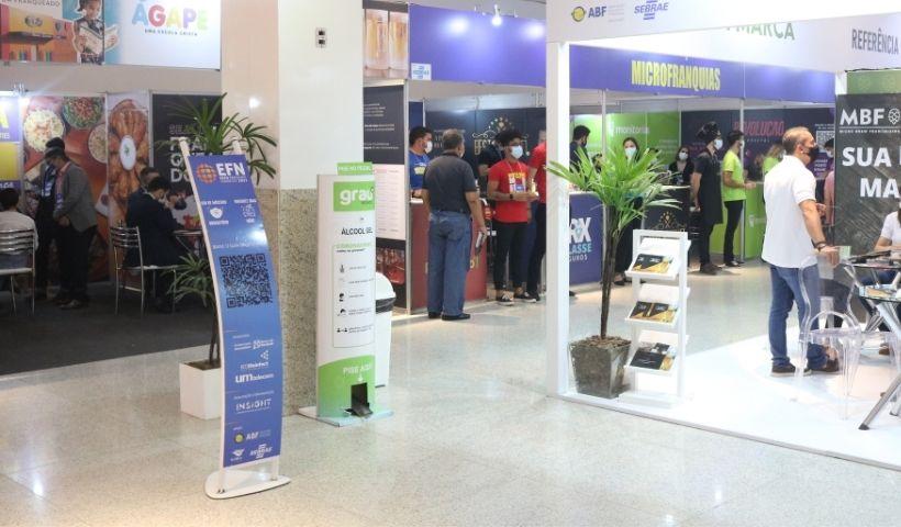 Feira Expo Franquias Nordeste 2021 acontece no RioMar