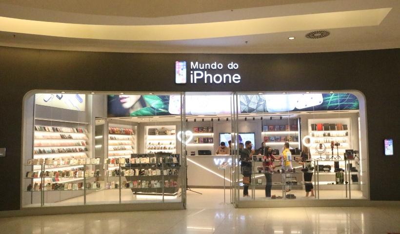 Mundo do Iphone reinaugura com espaço ampliado
