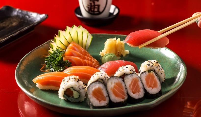 Sushi no precinho: quarta de comida oriental no RioMar Online