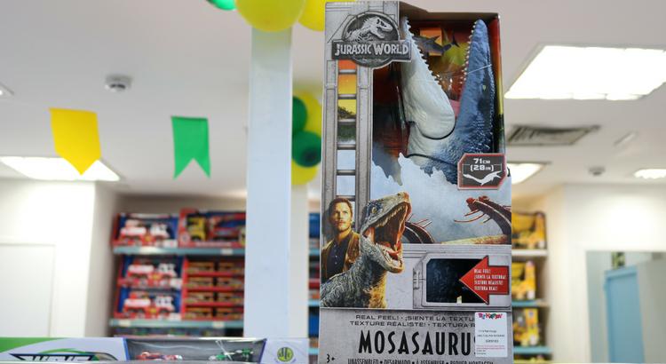 d87701849 Outro destaque é o monstro marinho Mosasaurus, com 71 cm de comprimento.