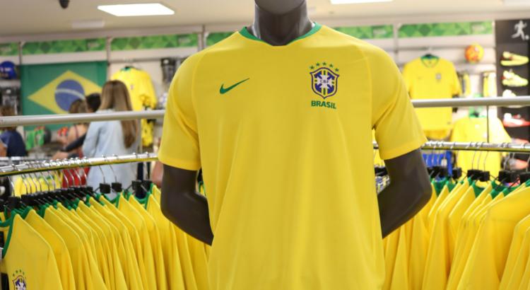 df1429f820bc6 Personalize a camisa da sua seleção favorita